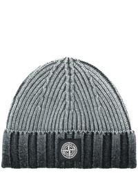 graue Mütze von Stone Island