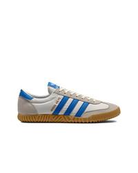graue niedrige Sneakers von adidas