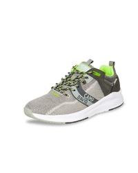 graue niedrige Sneakers von Camp David
