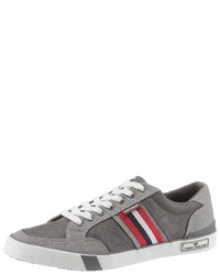 graue niedrige Sneakers von Tom Tailor