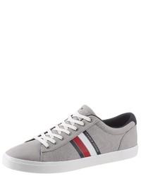 graue niedrige Sneakers von Tommy Hilfiger