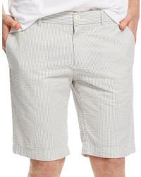 graue Shorts aus Seersucker