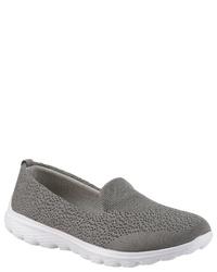 graue Slip-On Sneakers aus Segeltuch von Dockers by Gerli