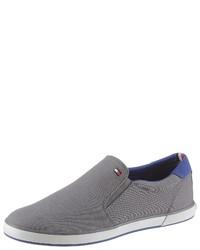 graue Slip-On Sneakers aus Segeltuch von Tommy Hilfiger
