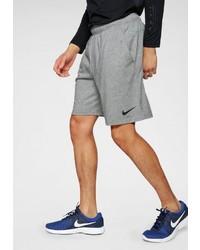 graue Sportshorts von Nike
