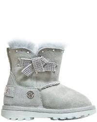 graue Stiefel aus Wildleder