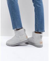 graue Ugg Stiefel von UGG