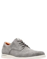 graue Wildleder Derby Schuhe von Clarks