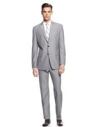 grauer Anzug