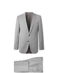 grauer Anzug von Hugo Boss