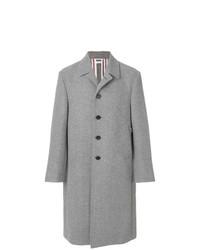 grauer Mantel von Thom Browne