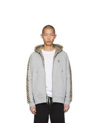 grauer Pullover mit einem Kapuze von Burberry