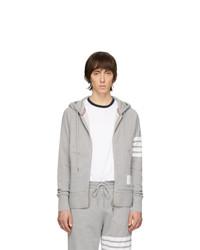 grauer Pullover mit einem Kapuze von Thom Browne