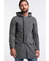grauer Pullover mit einem Kapuze von Tuffskull