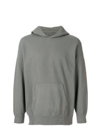 grauer Pullover mit einem Kapuze von VISVIM