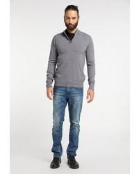 grauer Pullover mit einem Reißverschluss am Kragen von Dreimaster