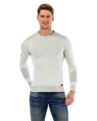 grauer Pullover mit einem Rundhalsausschnitt von Cipo & Baxx