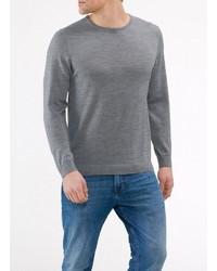 grauer Pullover mit einem Rundhalsausschnitt von MAERZ Muenchen