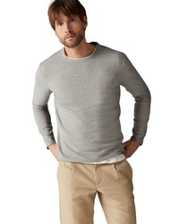 grauer Pullover mit einem Rundhalsausschnitt von Marc O'Polo
