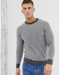 grauer Pullover mit einem Rundhalsausschnitt von Ringspun