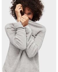 grauer Pullover mit einem Rundhalsausschnitt von Tom Tailor
