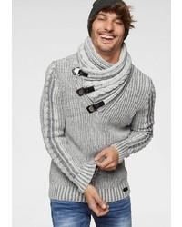 grauer Pullover mit einem Schalkragen von Cipo & Baxx