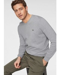 grauer Pullover mit einem V-Ausschnitt von Lacoste