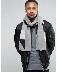 grauer Schal mit geometrischem Muster von Asos
