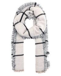 grauer Schal mit Karomuster von KIOMI