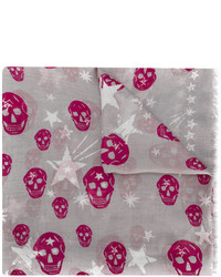 grauer Schal mit Sternenmuster von Alexander McQueen