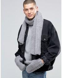Grauer Schal von adidas
