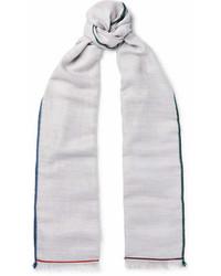 grauer Schal von Loro Piana