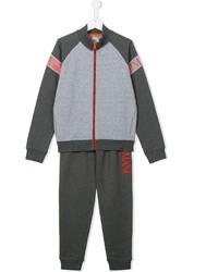 grauer Trainingsanzug von Armani Junior