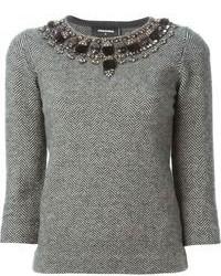 grauer verzierter Pullover mit einem Rundhalsausschnitt