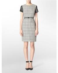 graues gerade geschnittenes Kleid mit Schottenmuster