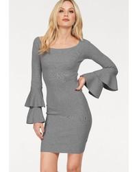 graues Strick figurbetontes Kleid von Hailys