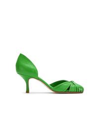 grüne Leder Pumps mit Ausschnitten von Sarah Chofakian