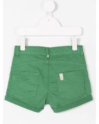 grüne Shorts