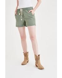 grüne Shorts von OXXO