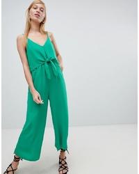 grüner Jumpsuit von New Look