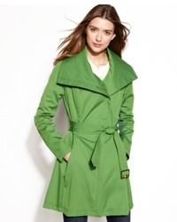 grüner Trenchcoat