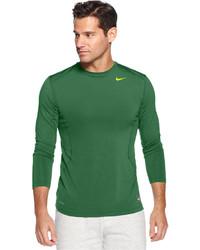 grünes Langarmshirt