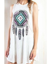 hellbeige bedrucktes schwingendes Kleid