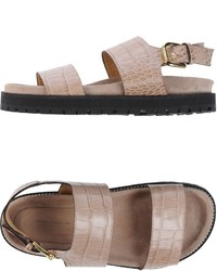 hellbeige flache Sandalen aus Leder