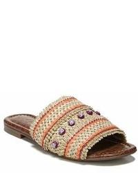 hellbeige flache Sandalen aus Stroh
