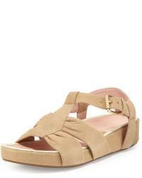 hellbeige flache Sandalen aus Wildleder