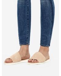 hellbeige flache Sandalen aus Wildleder von Bianco