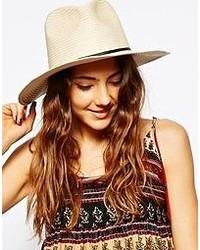 hellbeige Hut von Asos