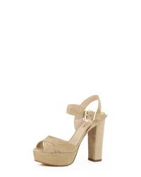 hellbeige klobige Wildleder Sandaletten von Evita
