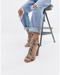 hellbeige Leder Sandaletten mit Schlangenmuster von SIMMI Shoes